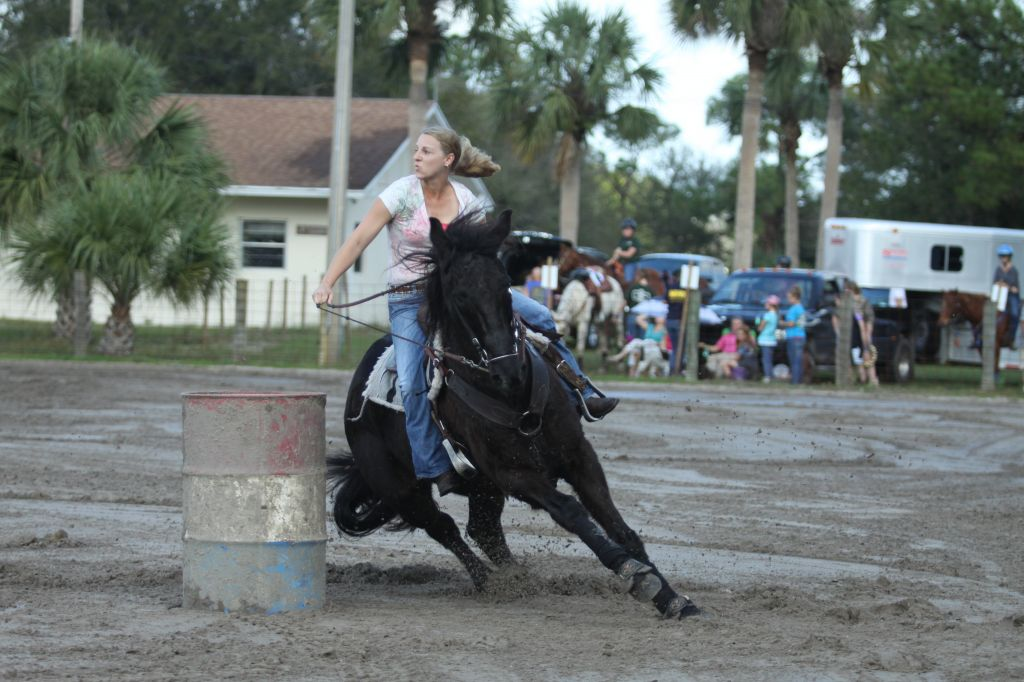 Shellie Smith Barrel Racers